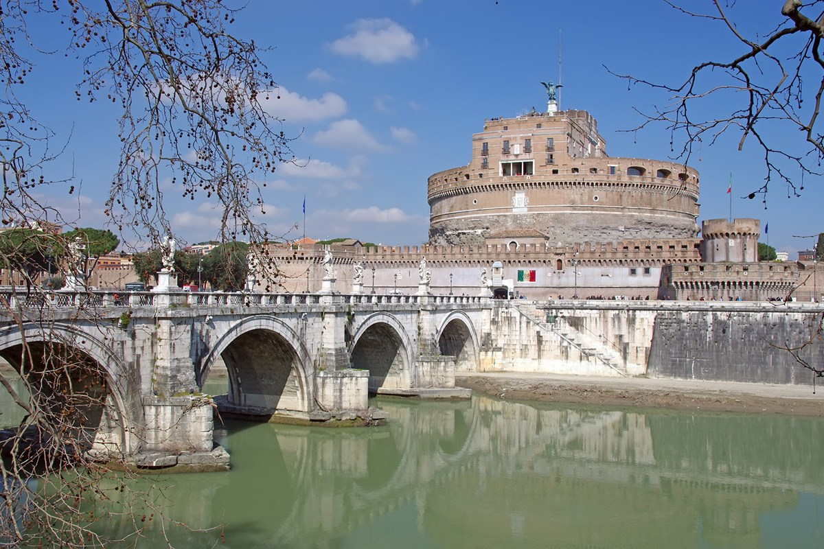 Castel Del Angelo Con Angel Bridge